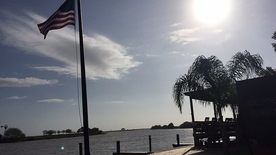 Brazoria, Teksas: 2j's Cafe & Marina