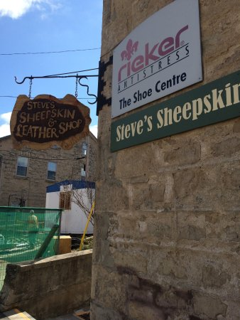 Elora, Kanada: Steve's Sheepskin & Leather Shop