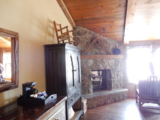 Tabernash, CO: Room 210 - with fireplace in main lodge