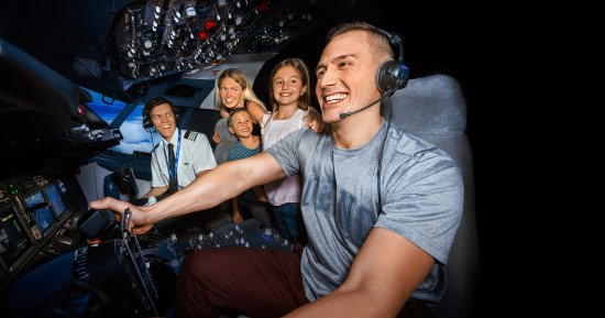 Flight Experience Perth: Fly solo or take turns with the family in the captain's seat