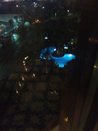 Hilton Garden Inn Las Vegas Strip South: IMG_20170323_204328_large.jpg