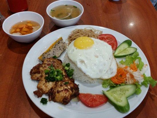 Cabramatta, Australien: Broken rice meal