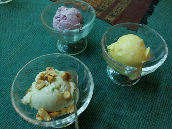Icecream Thai coconut milk / Ice cream Durian / Icecream Taro