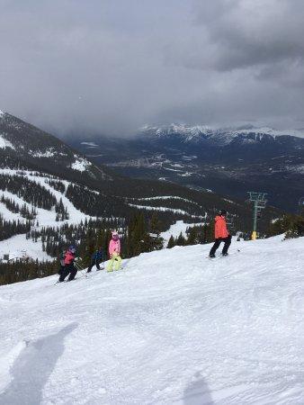 Marmot Basin Ski Area: Awesome family and friends trip to marmot basin!