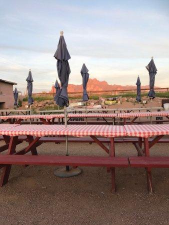 Filly's Restaurant & Lounge: photo0.jpg