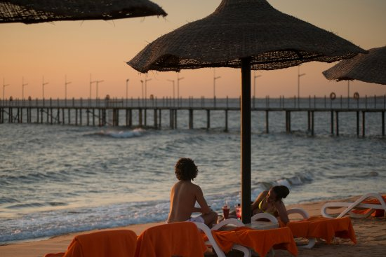 Cancun Sokhna Beach Resort Managed by Accorhotels: Beach