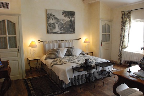 le mas des comtes de provence hotel tarascon france voir les tarifs et 19 avis. Black Bedroom Furniture Sets. Home Design Ideas