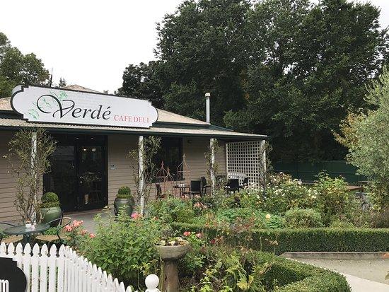 Verde Cafe Deli: photo8.jpg