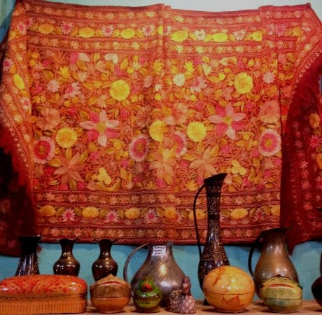 Razkashmir Crafts Embroidered Wool Shawl Handicrafts Picture Of