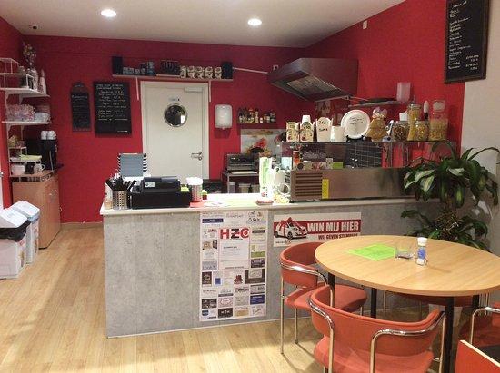 Herentals, Bélgica: Zicht op de keuken