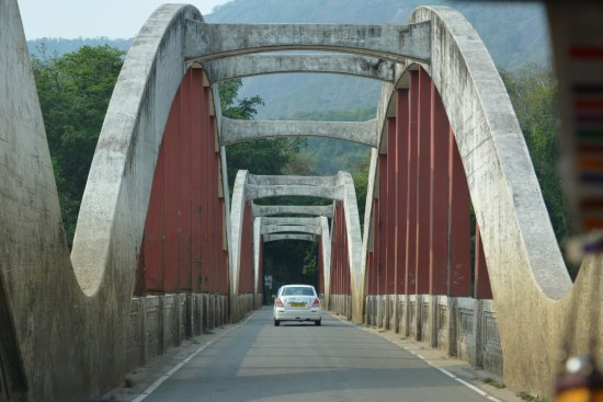 Aluva, India: One of the bridges while going to Munnar