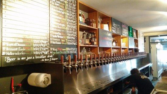Craft & Draft Beer Bar & Shop: Taps