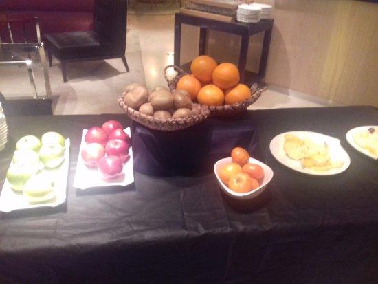 Alfonso Hotel: Y fruta para el sano! (Ahora, que teniendo las otras opciones...)
