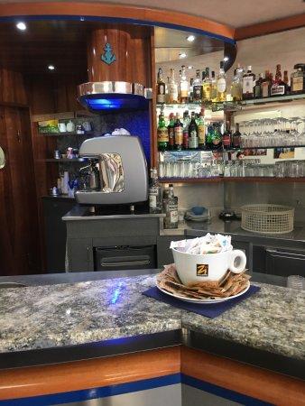 Bar Caffe del Porto Pasticceria: photo4.jpg