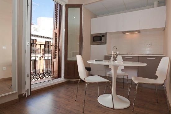 Sol Square Apartments Photo