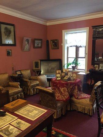 L. Tolstoi's Khamovniki Memorial Estate: комната старшей дочери Татьяны Львовны