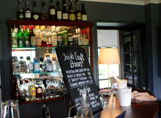 Durrus, Irland: The Bar