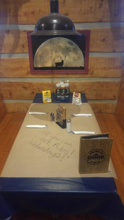 Montana's BBQ & Bar: A 6 top booth, perfect for the whole family or if you just need elbow room!