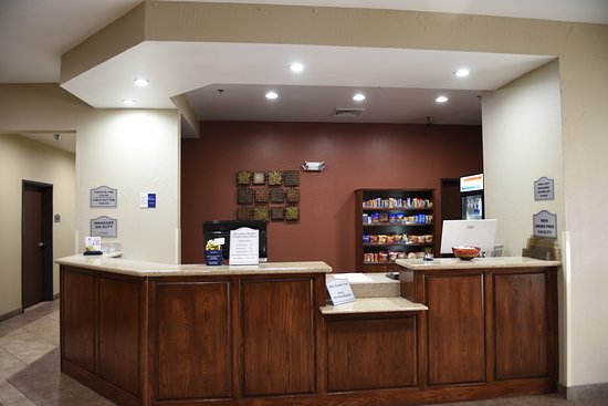 Canadian, TX: Front Desk