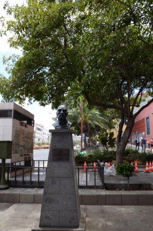 Monumento de Antonio Lopez Botas