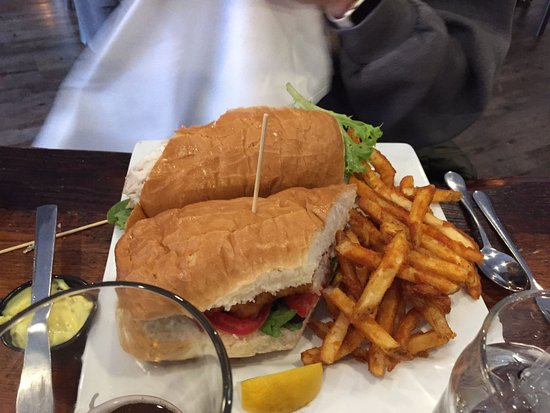 Homestead, Pensilvania: fish sandwich and fries