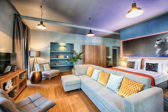 Nyx prague 90 9 5 updated 2018 prices hotel for Designhotel nyx prague