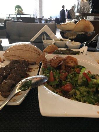 Yonine Lebanese Cuisine جدة تعليقات حول المطاعم Tripadvisor