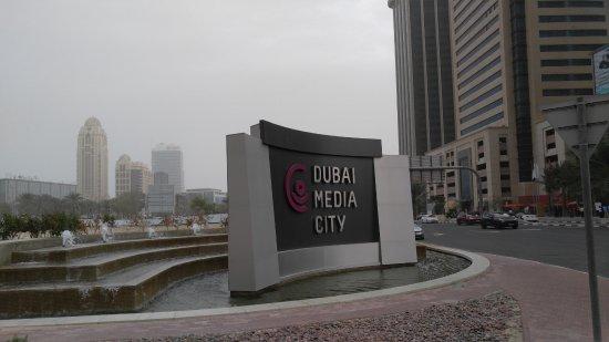 Media One Hotel Dubai Photo