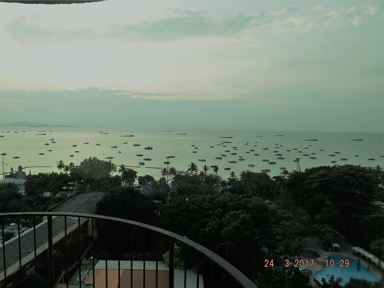 Imperial Pattaya Hotel: View of Pattaya Bay