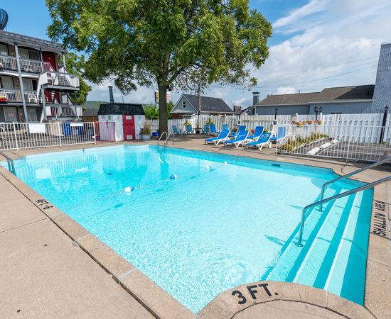 Kings Inn Near The Falls 2018 Prices Reviews Niagara Falls Canada Photos Of Motel