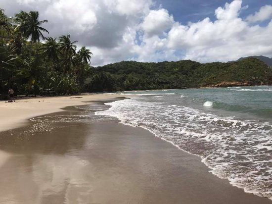 Calibishie, Dominica: Nearby Batibou Beach (must see)