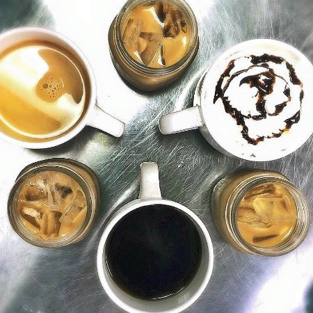 Bloomington-Normal, IL: Try our many different coffee features