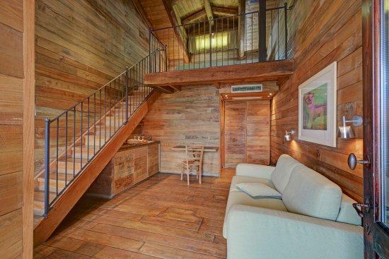 Cocconato, Italy: ingresso camera 301 ...... appartamento/suite/casa vacanze