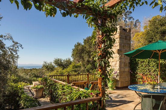 San Ysidro Ranch, a Ty Warner Property: Kennedy Cottage with Ocean and Channel Islands view