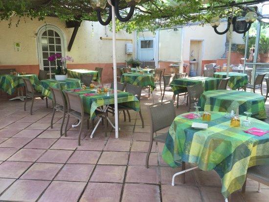 Hotel Restaurant Le Chene Vert