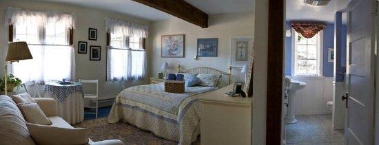 Pine, Kolorado: The Columbine; Adjacent to the Dining Room