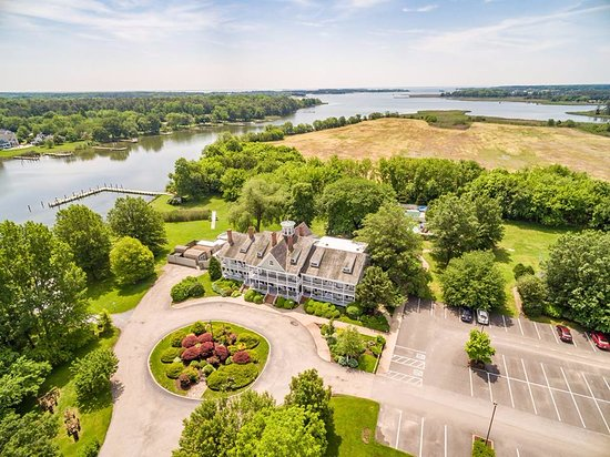 Waterfront Historic Kent Manor Inn: 230 Acres of Waterfront Bliss on Kent Island; the Gateway To Maryland's Eastern Shore