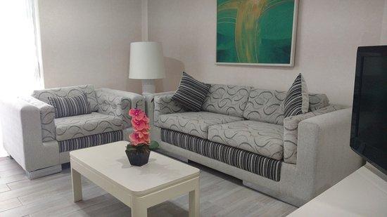 Hotel Century Zona Rosa Mexico Sala Master Suite Renovada Con Sofá Cama Matrimonial