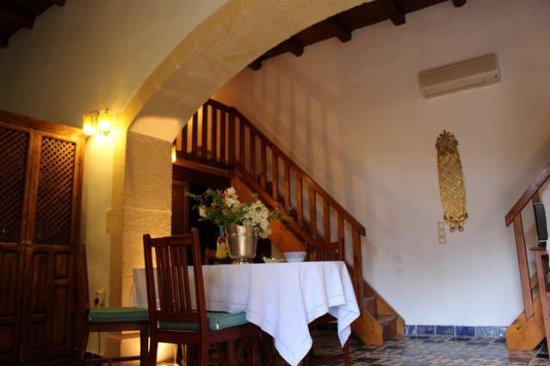 Abelos Villa: first villa