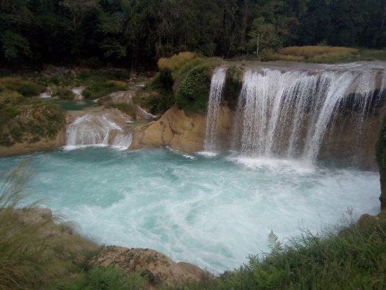 Chiapa de Corzo, Mexico: Abajo en las cascadas