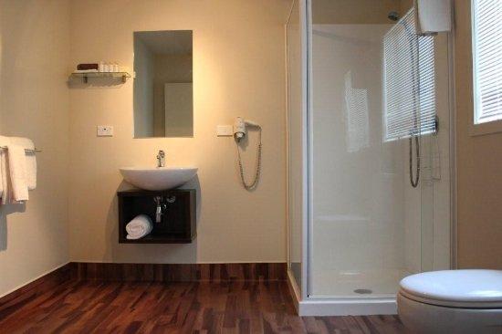 540 on Great South Motel: Bathroom