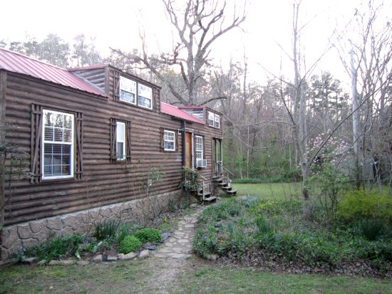 directory bed cabins b and springs breakfast nice hot ar knotty cabin arkansas
