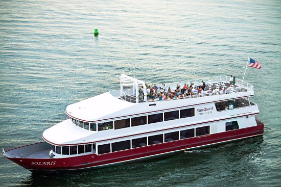 SunQuest Cruises: Cruising year-round with sunset dinner cruises, including Fireworks Dinner Cruises in the summer