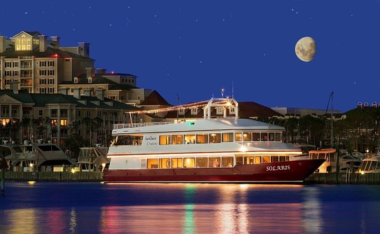 SunQuest Cruises: Dine, Dance, Cruise, Wed - weekly year-round dinner cruises as well as groups & weddings for 150
