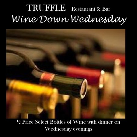 Valley Stream, นิวยอร์ก: 1/2 price select bottles of wine with dinner on wednesday nights