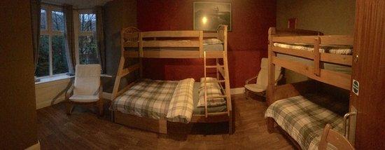 The Vagabond: Family room.