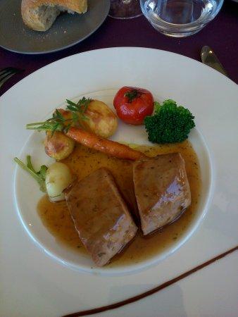 Saint-Pierre-Lafeuille, France: veau cuisson douce
