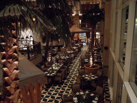 Grand Hyatt Muscat: Buffet restaurant