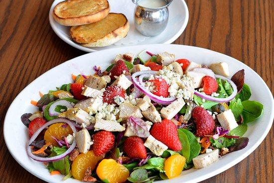 Egg Harbor Cafe: Sanibel Salad