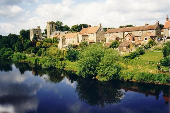 Helmsley, UK: West Tanfield, North Yorkshire